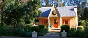 MARCH HARE COTTAGE, STORMS RIVER VILLAGE